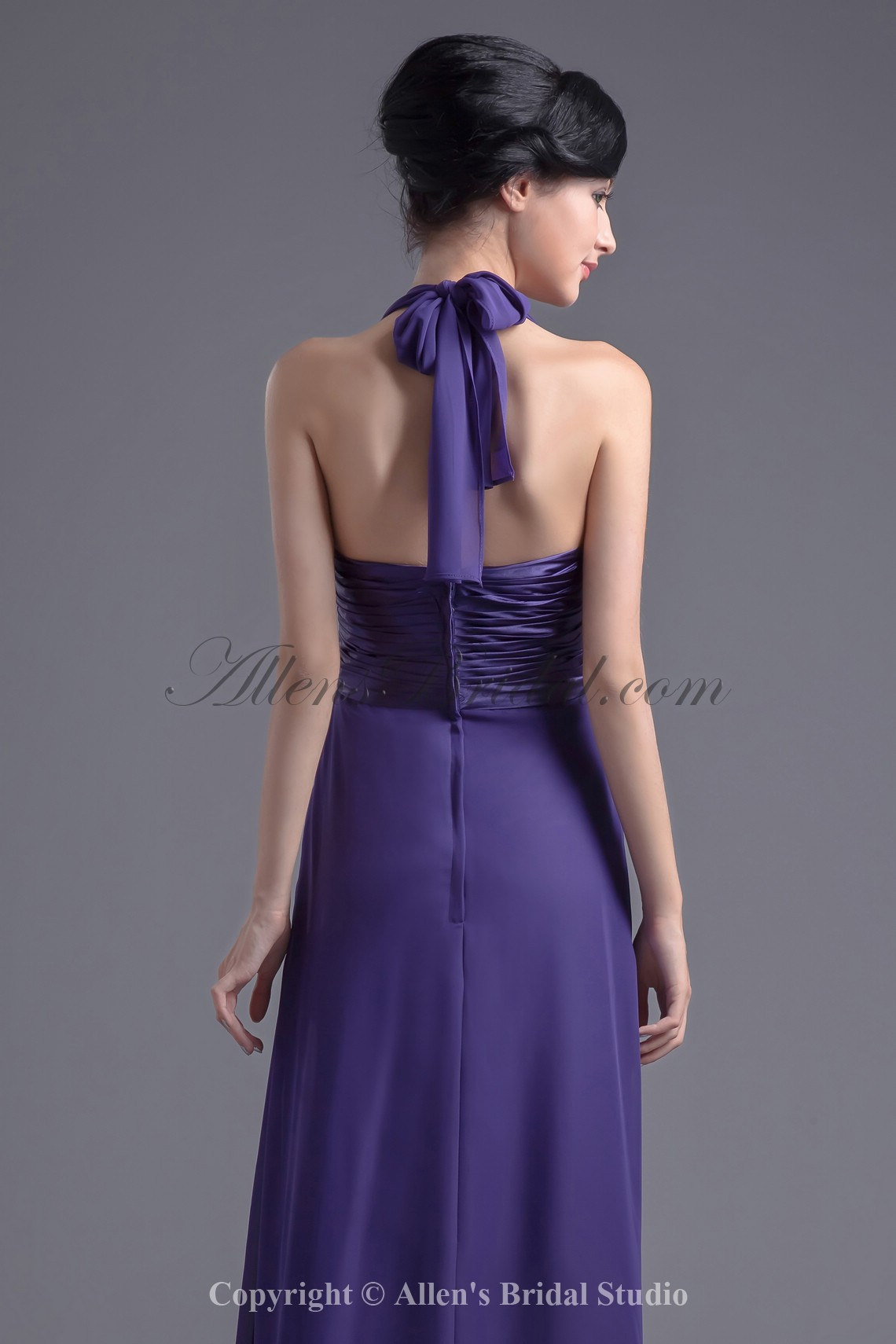 /10-79/chiffon-halter-neckline-column-floor-length-prom-dress.jpg