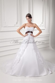 Satin and Lace Scoop Neckline A-line Sweep Train Embroidered Wedding Dress