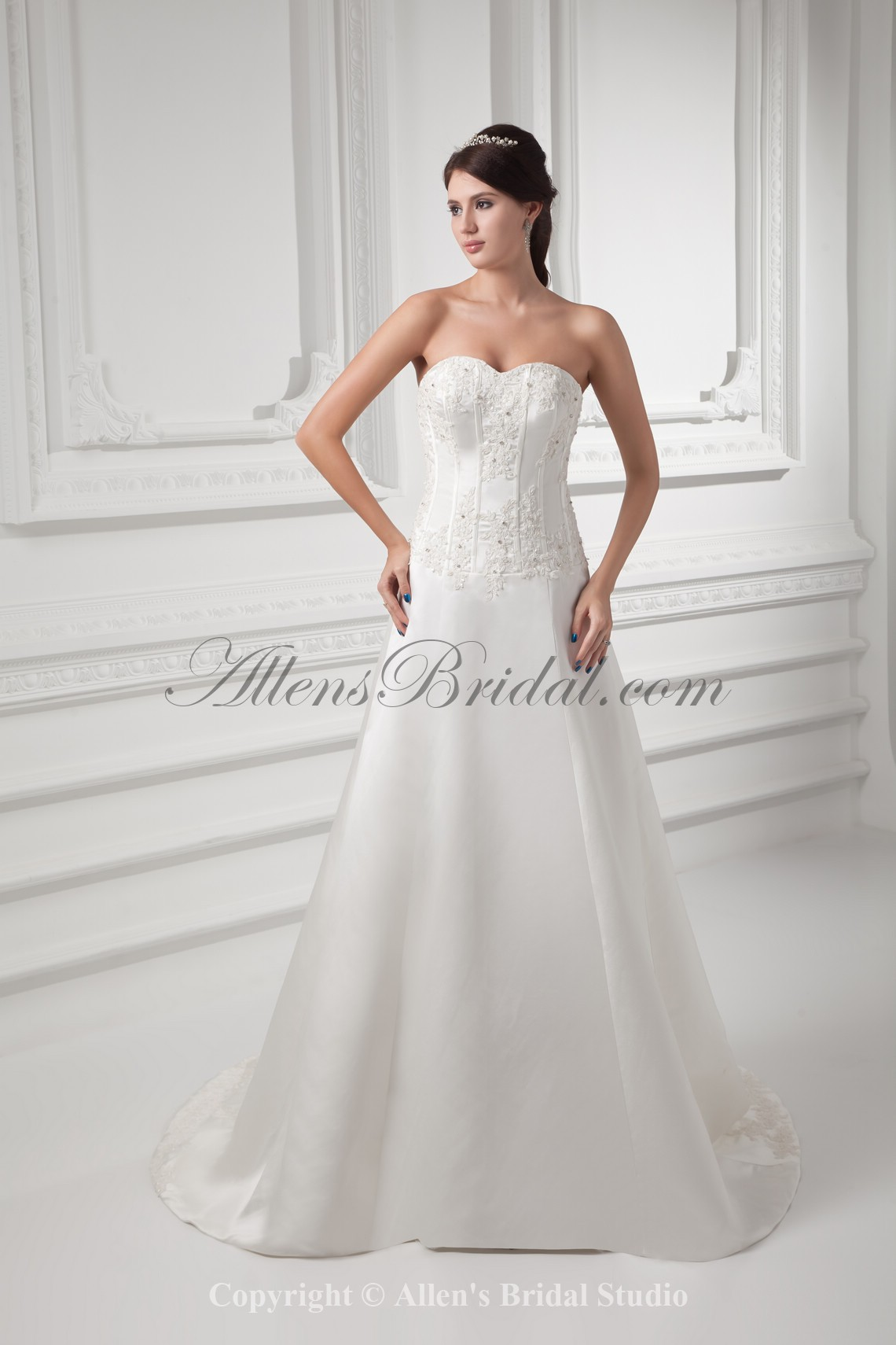 /1008-8078/satin-sweetheart-neckline-a-line-sweep-train-embroidered-wedding-dress.jpg
