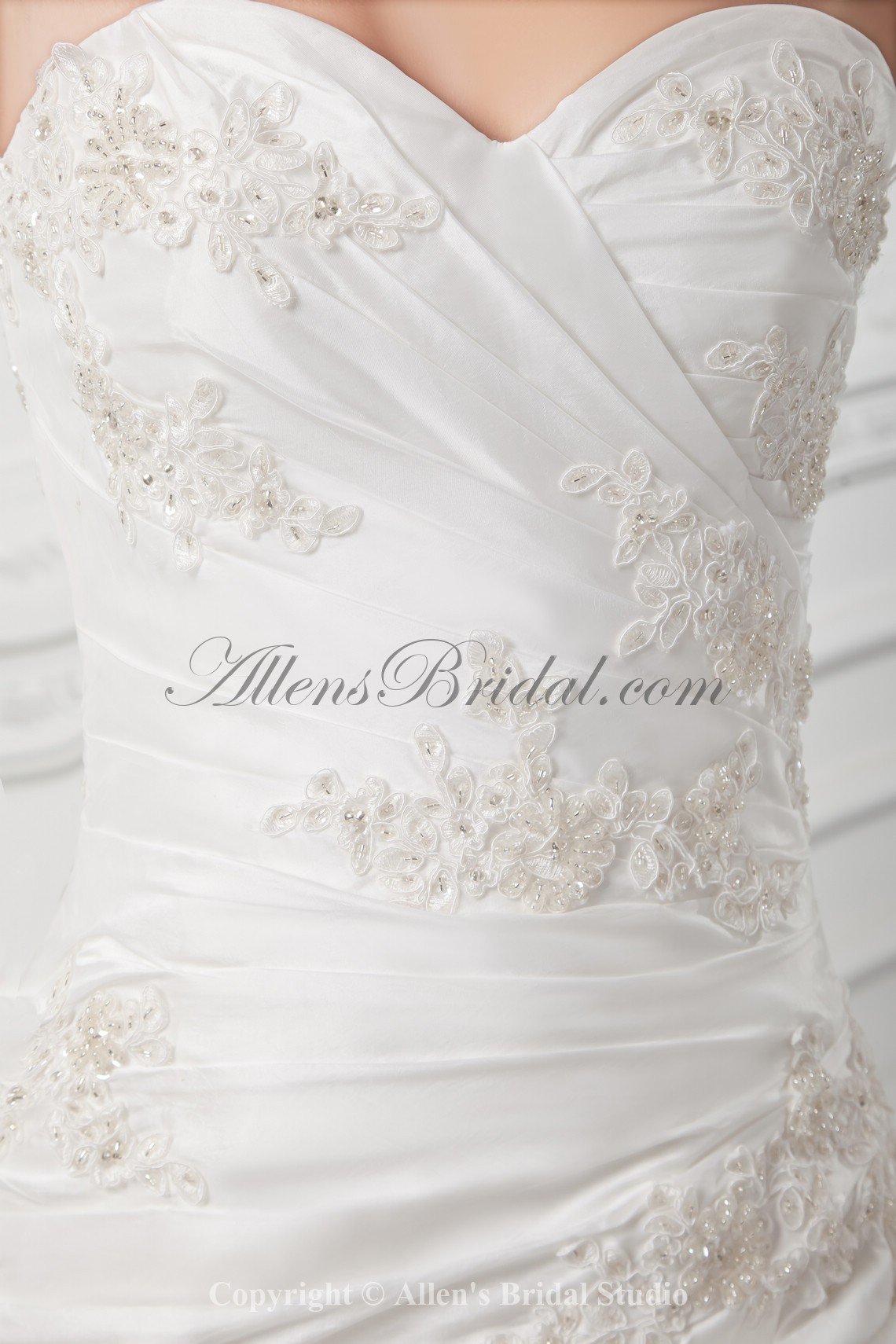/1021-8183/taffeta-sweetheart-neckline-ball-gown-floor-length-embroidered-wedding-dress.jpg