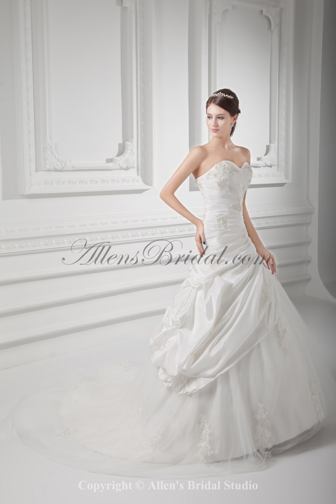 /1021-8186/taffeta-sweetheart-neckline-ball-gown-floor-length-embroidered-wedding-dress.jpg