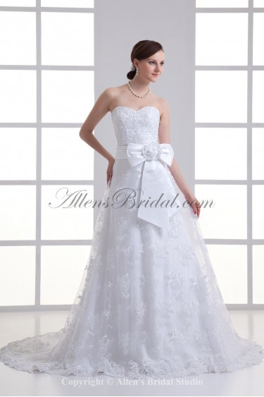 Organza Sweetheart Neckline A-line Sweep train Embroidered and Bow Wedding Dress