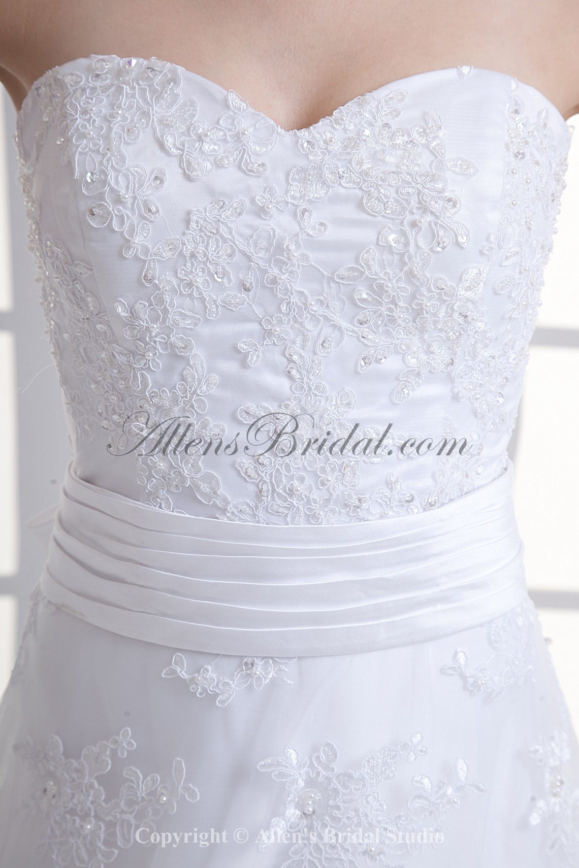 /1055-8463/organza-sweetheart-neckline-a-line-sweep-train-embroidered-and-bow-wedding-dress.jpg