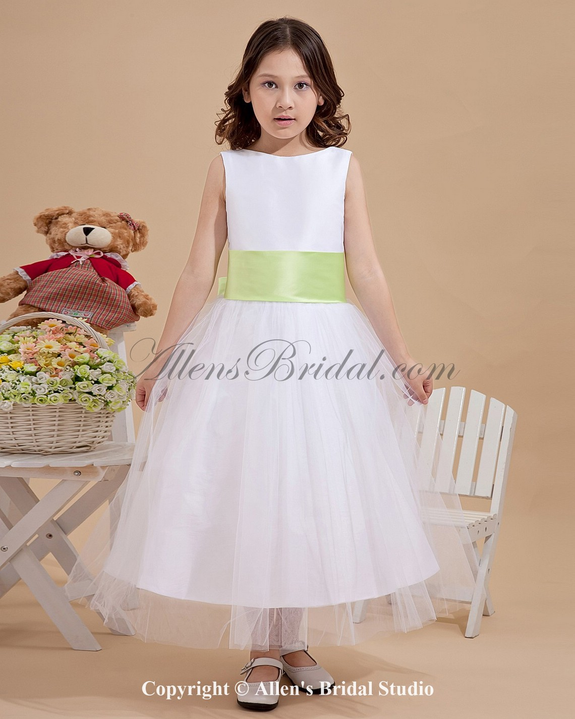 /1224-9812/tulle-jewel-neckline-tea-length-a-line-flower-girl-dress-with-bow.jpg