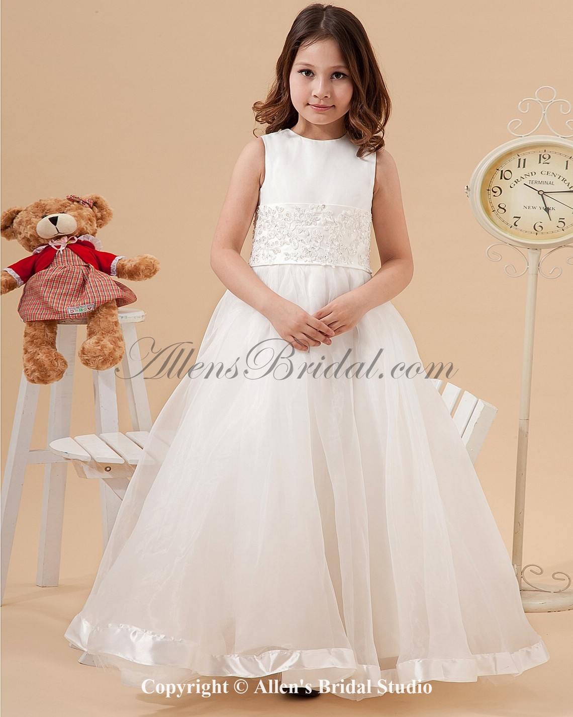 /1235-9898/satin-and-organza-jewel-neckline-floor-length-ball-gown-flower-girl-dress-with-embroidered.jpg