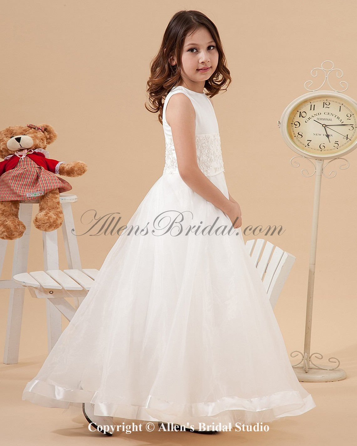 /1235-9900/satin-and-organza-jewel-neckline-floor-length-ball-gown-flower-girl-dress-with-embroidered.jpg