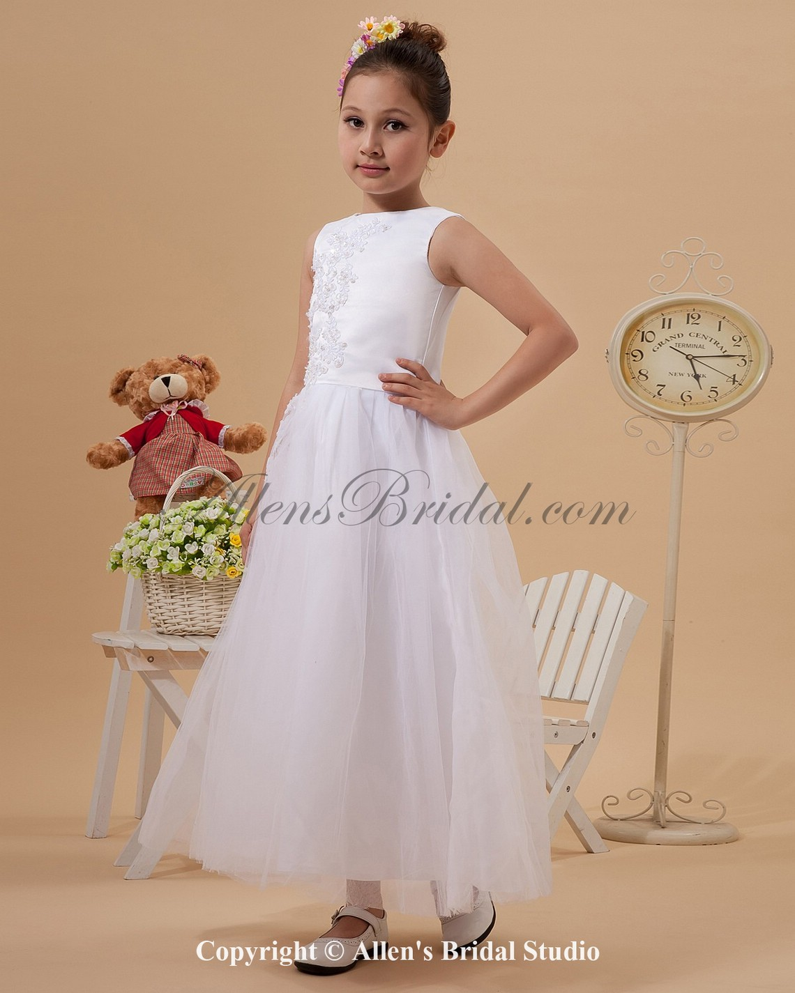 /1243-9960/yarn-jewel-neckline-ankle-length-a-line-flower-girl-dress-with-embroidered-.jpg