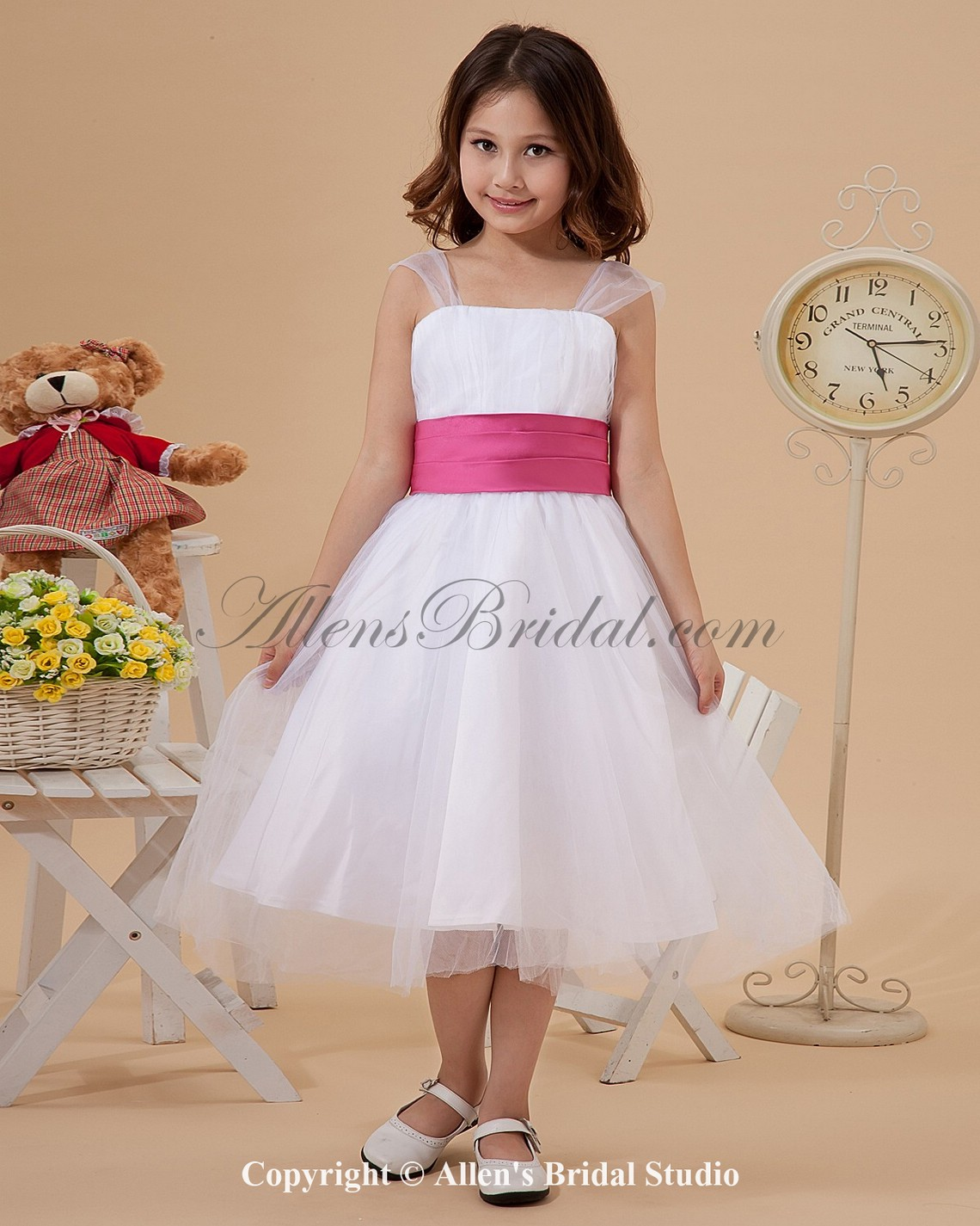 /1266-10133/organza-straps-neckline-knee-length-ball-gown-flower-girl-dress-with-ruffle.jpg