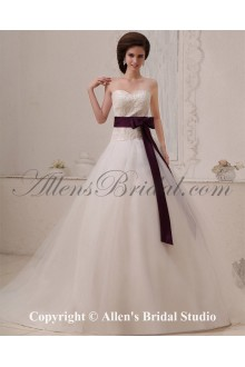 Tulle Sweetheart Chapel Train A-Line Wedding Dress with Embroidered