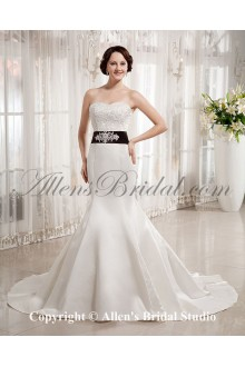 Satin Sweetheart Chapel Train Mermaid Wedding Dress with Embroidered