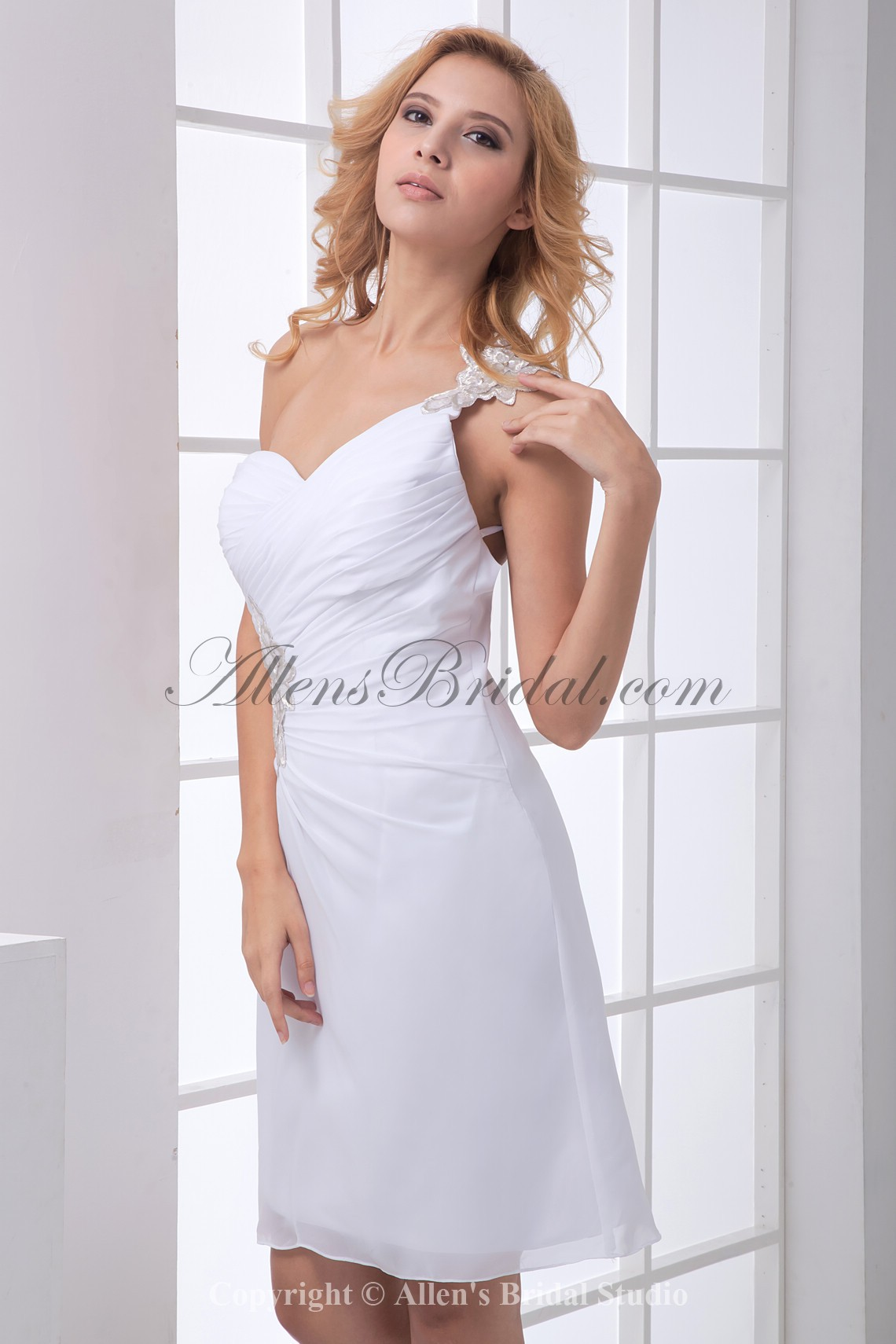 /167-1334/chiffon-one-shoulder-neckline-sheath-short-cocktail-dress.jpg