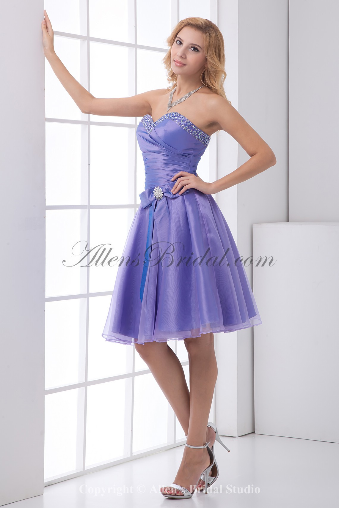 /193-1538/organza-sweetheart-a-line-knee-lnegth-bow-and-sequins-cocktail-dress.jpg