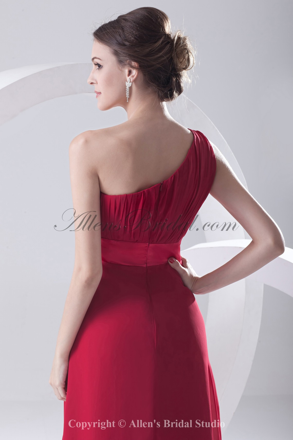 /204-1633/chiffon-one-shoulder-neckline-column-floor-length-sash-prom-dress.jpg