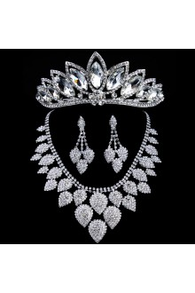 Luxurious Wedding Jewelry Set, Including Headpiece,Earrings and Necklace with Alloy and Rhinestones