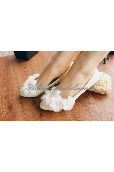 Handmade Lace Flowers Wedding Shoes