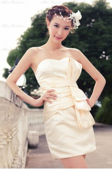 Satin Sweetheart Dress with Ruched