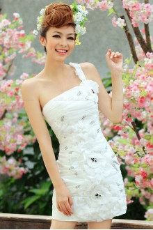 Satin One-shoulder Dress with Handmade Flowers