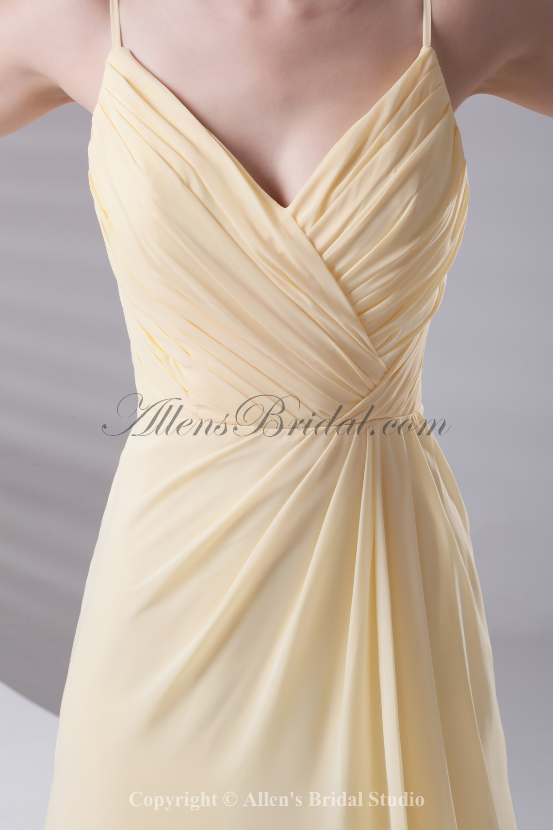 /432-3456/chiffon-spaghetti-neckline-column-floor-length-prom-dress.jpg
