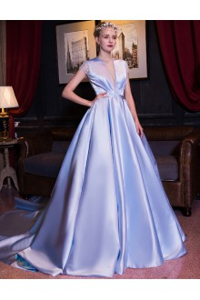 Ball Gown Jewel Prom / Formal Evening Dress with Beading