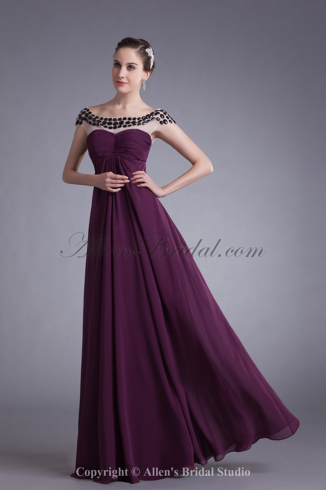 /554-4438/chiffon-bateau-neckline-floor-length-column-prom-dress.jpg