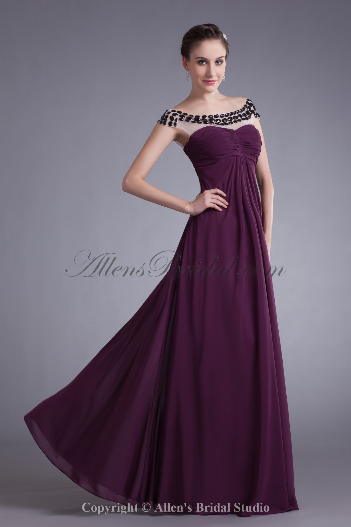 /554-4440/chiffon-bateau-neckline-floor-length-column-prom-dress.jpg