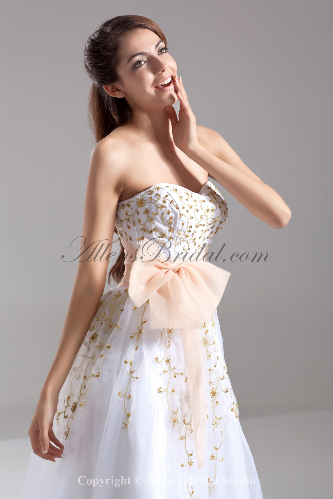 /668-5354/organza-sweetheart-neckline-floor-length-a-line-embroidered-prom-dress.jpg