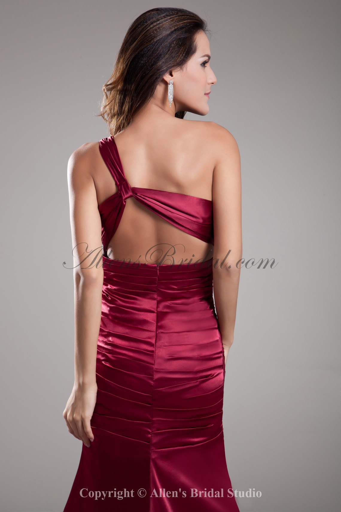 /697-5585/satin-one-shoulder-court-train-sheath-prom-dress-with-sequins.jpg