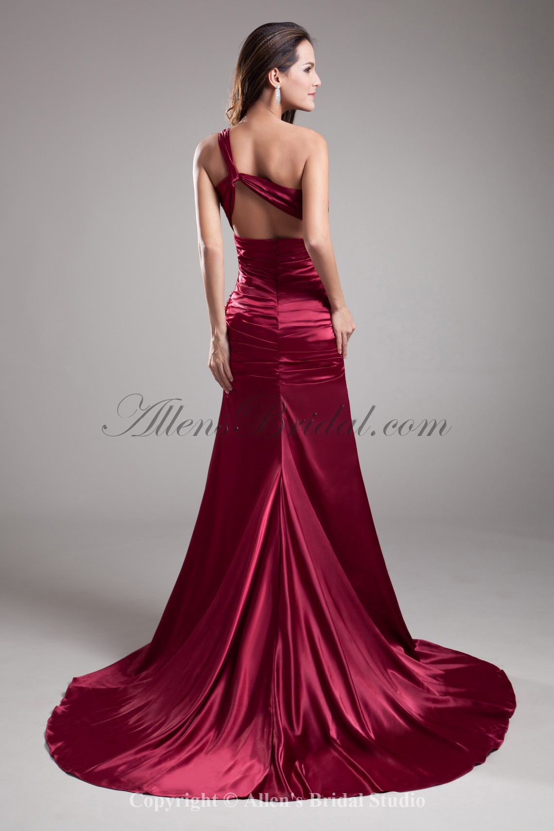 /697-5586/satin-one-shoulder-court-train-sheath-prom-dress-with-sequins.jpg