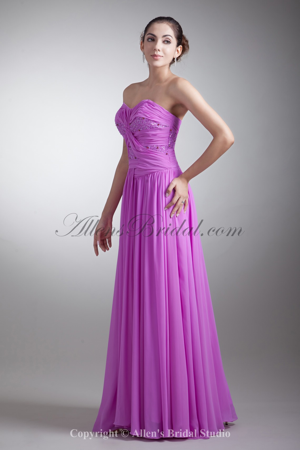 /762-6103/chiffon-sweetheart-neckline-floor-length-coloum-embroidered-prom-dress.jpg