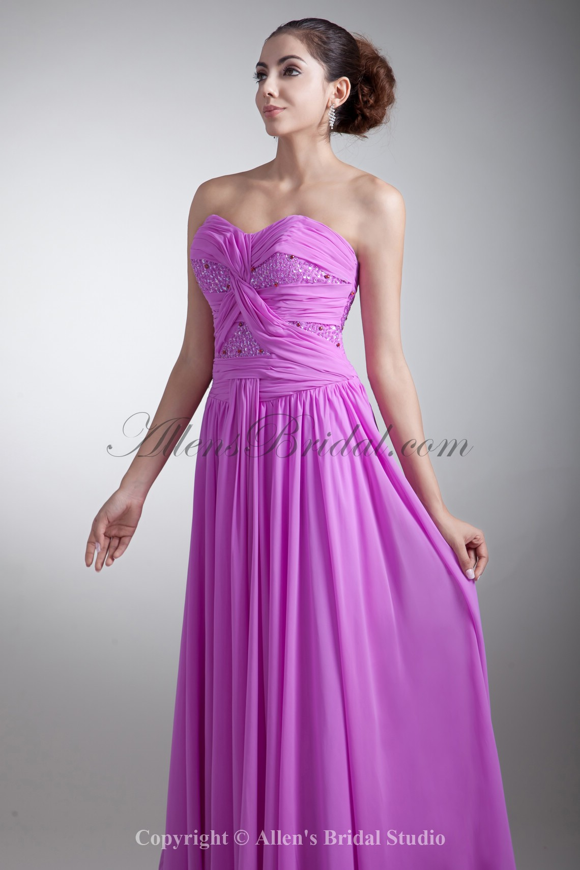 /762-6104/chiffon-sweetheart-neckline-floor-length-coloum-embroidered-prom-dress.jpg
