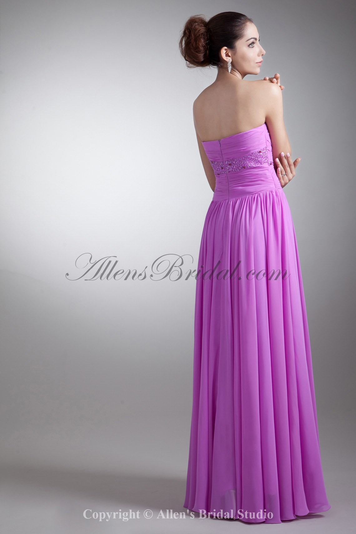 /762-6108/chiffon-sweetheart-neckline-floor-length-coloum-embroidered-prom-dress.jpg