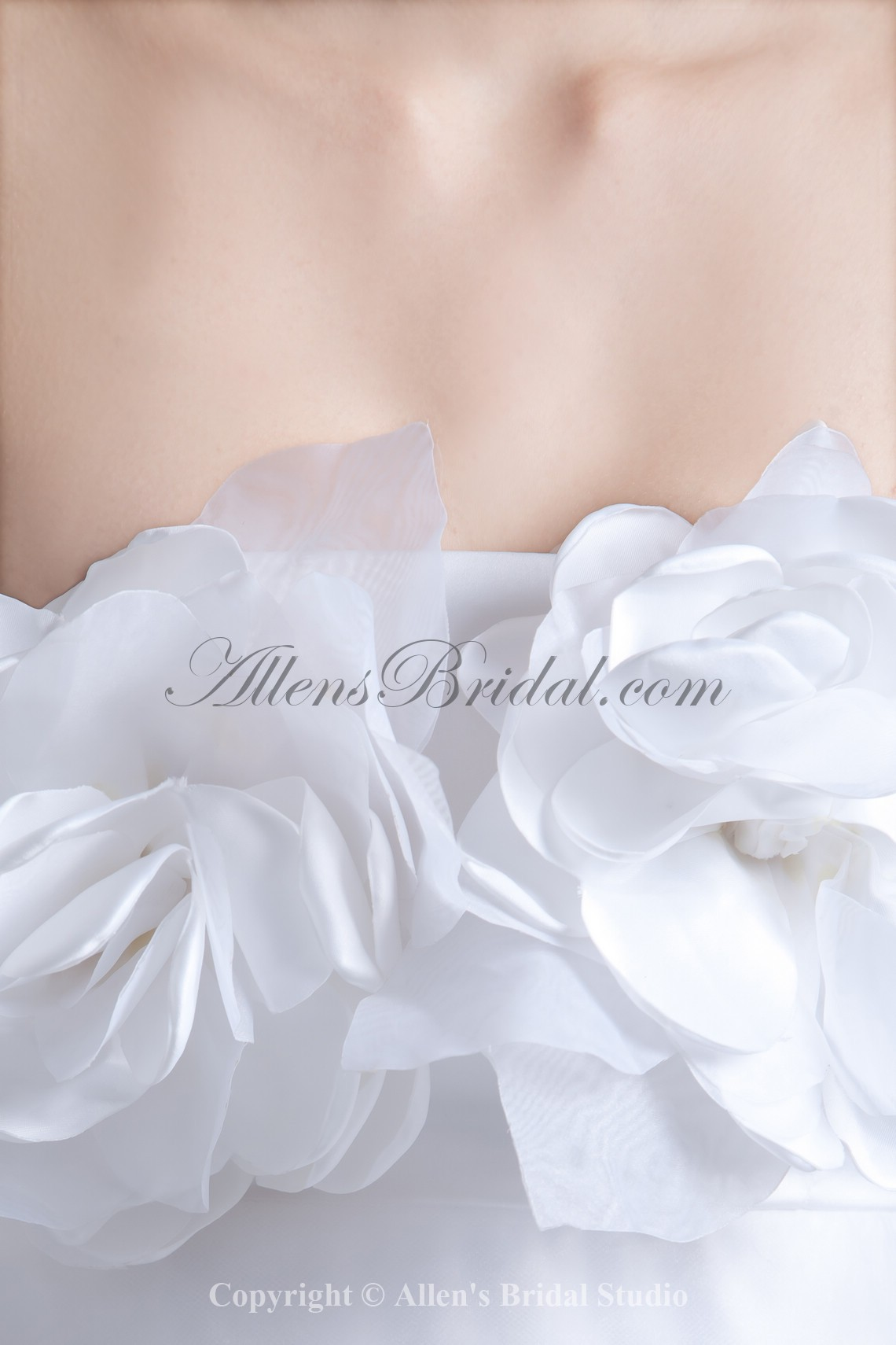 /780-6246/organza-and-satin-strapless-neckline-floor-length-a-line-hand-made-flowers-wedding-dress.jpg