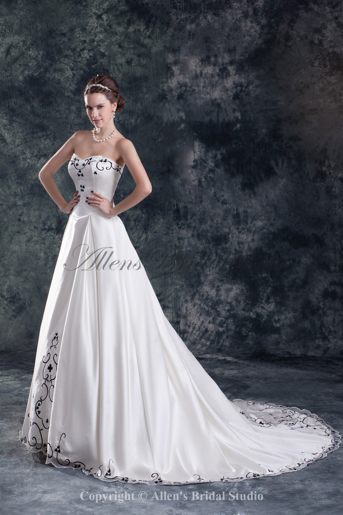 /845-6773/satin-sweetheart-neckline-sweep-train-a-line-embroidered-wedding-dress.jpg