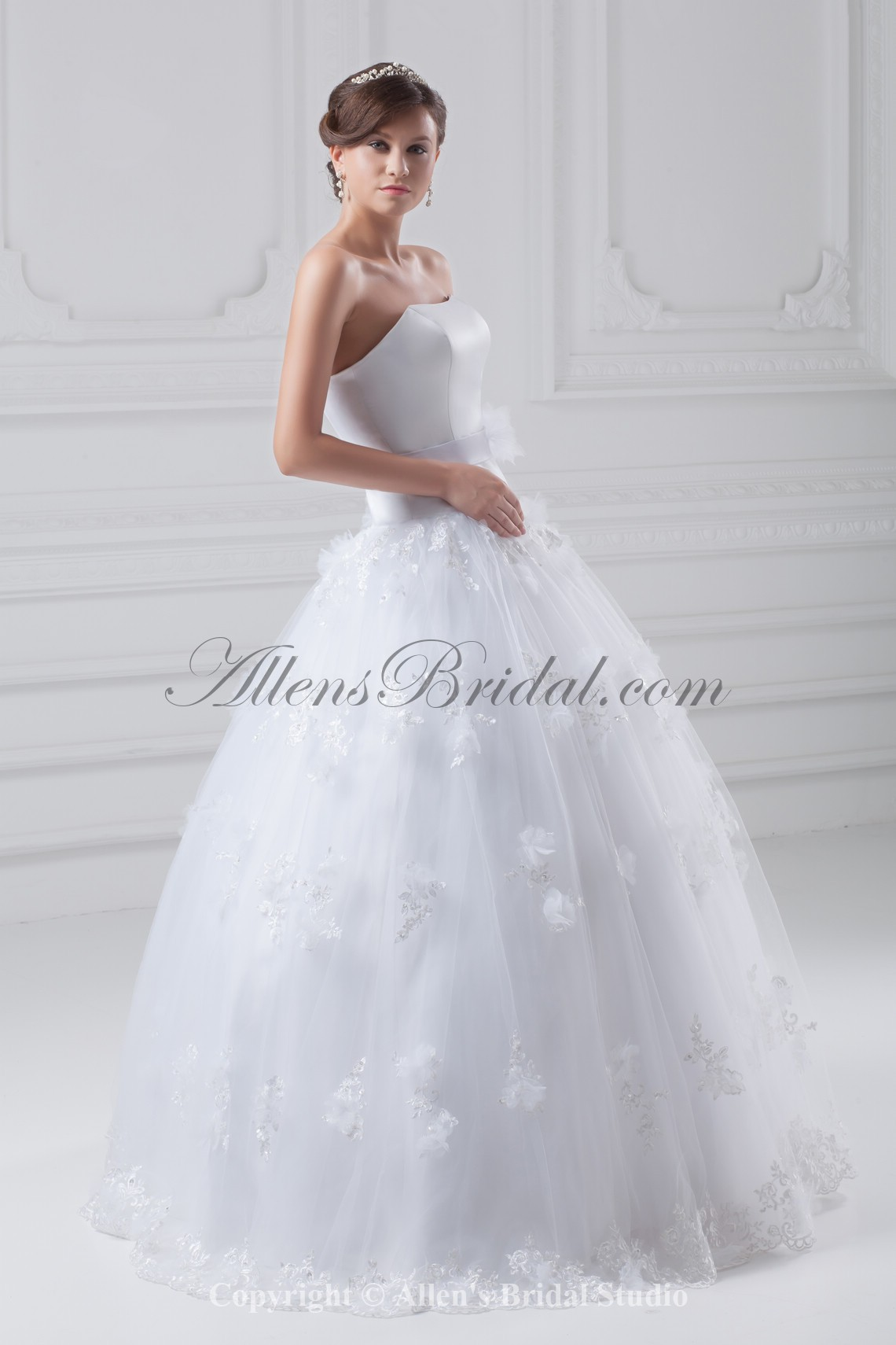 /856-6860/organza-and-satin-strapless-neckline-floor-length-ball-gown-wedding-dress.jpg