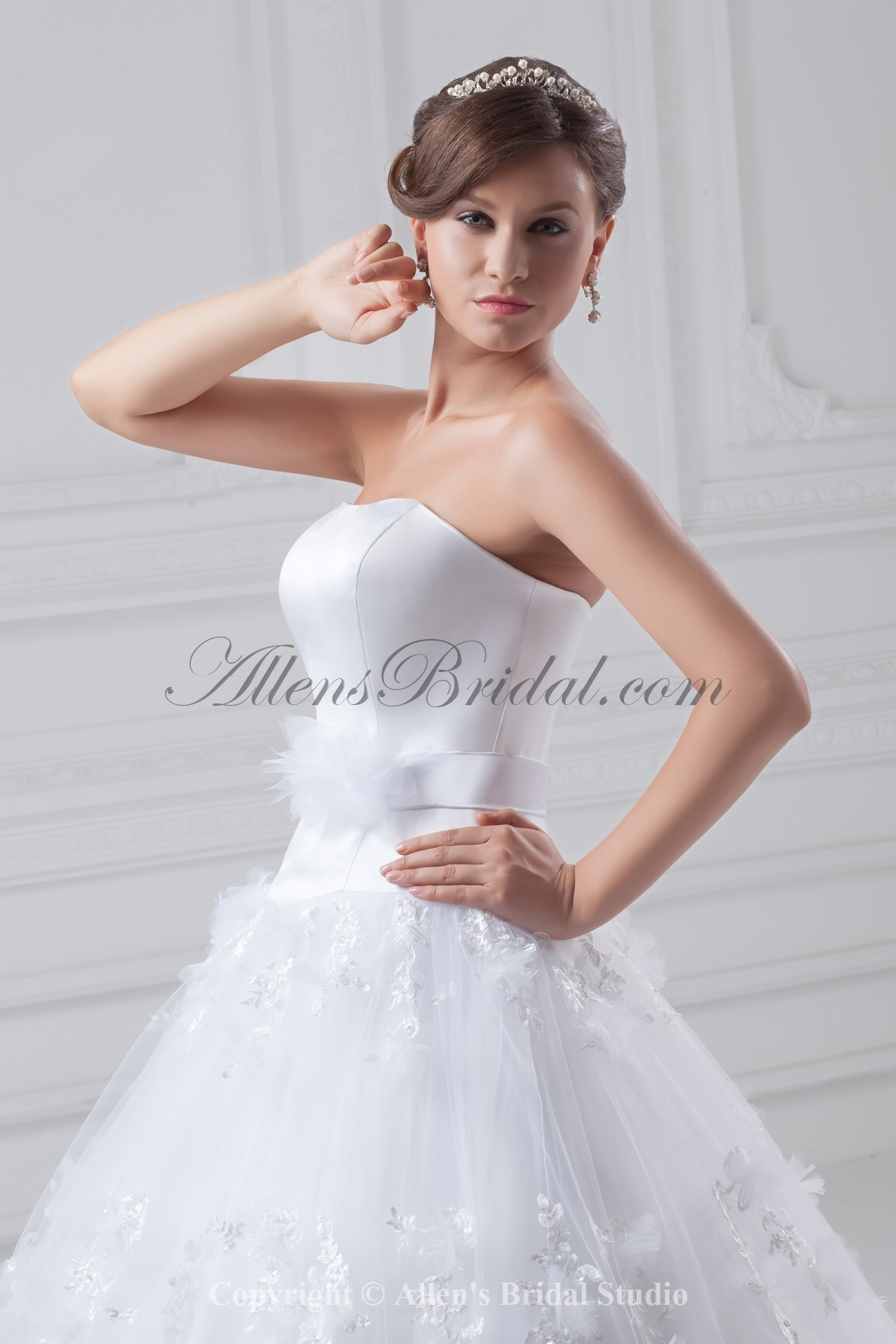 /856-6861/organza-and-satin-strapless-neckline-floor-length-ball-gown-wedding-dress.jpg
