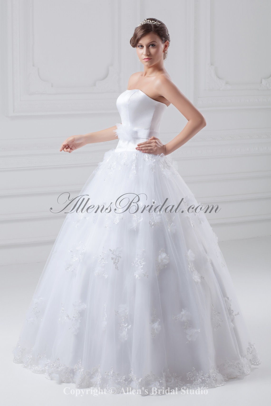 /856-6862/organza-and-satin-strapless-neckline-floor-length-ball-gown-wedding-dress.jpg