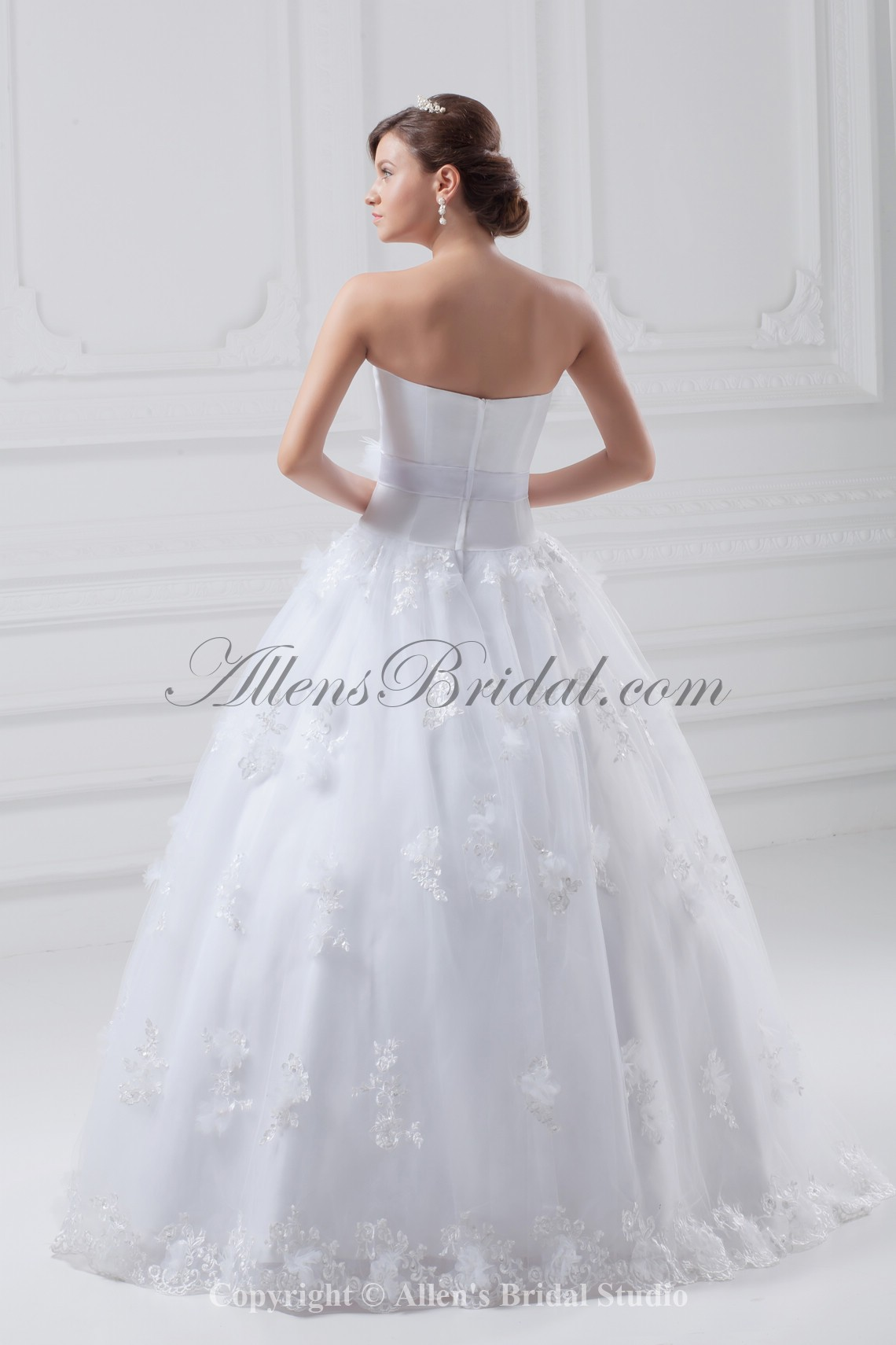 /856-6865/organza-and-satin-strapless-neckline-floor-length-ball-gown-wedding-dress.jpg