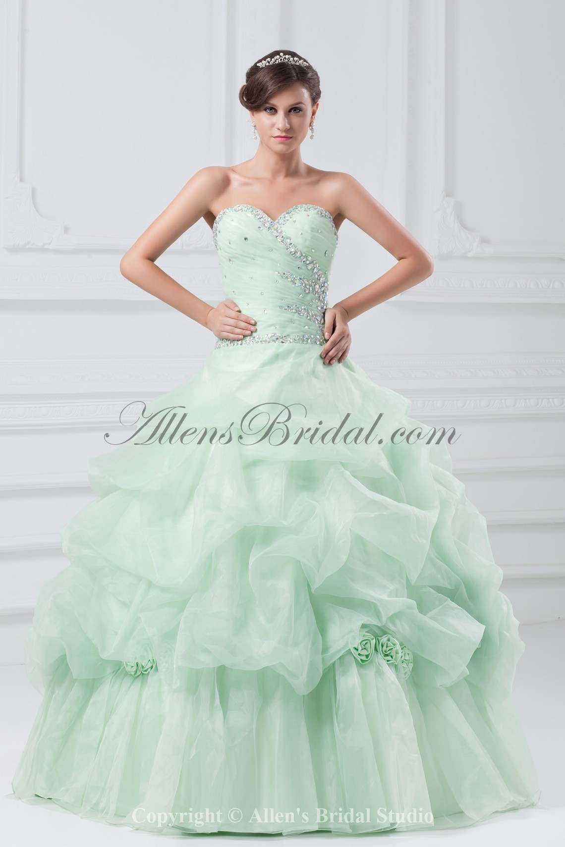 /867-6946/organza-sweetheart-neckline-floor-length-ball-gown-crystals-prom-dress.jpg