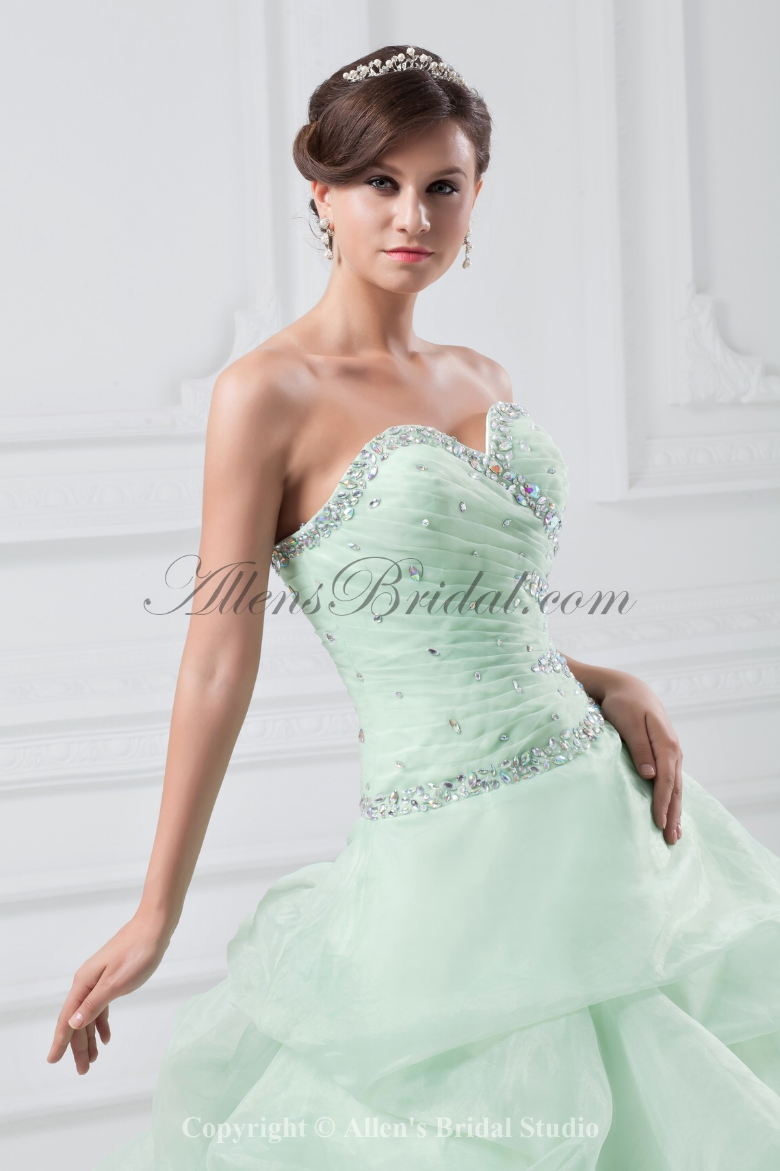 /867-6951/organza-sweetheart-neckline-floor-length-ball-gown-crystals-prom-dress.jpg