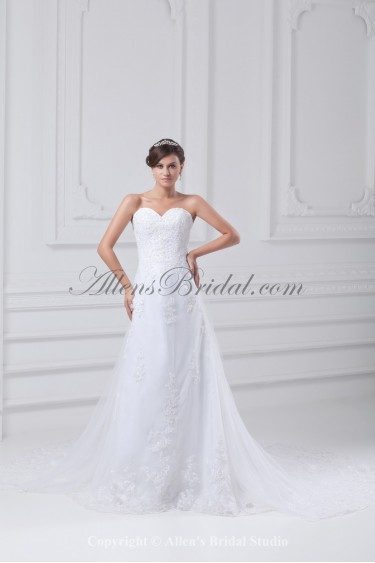 Net Sweetheart Neckline Chapel Train A-line Embroidered Wedding Dress