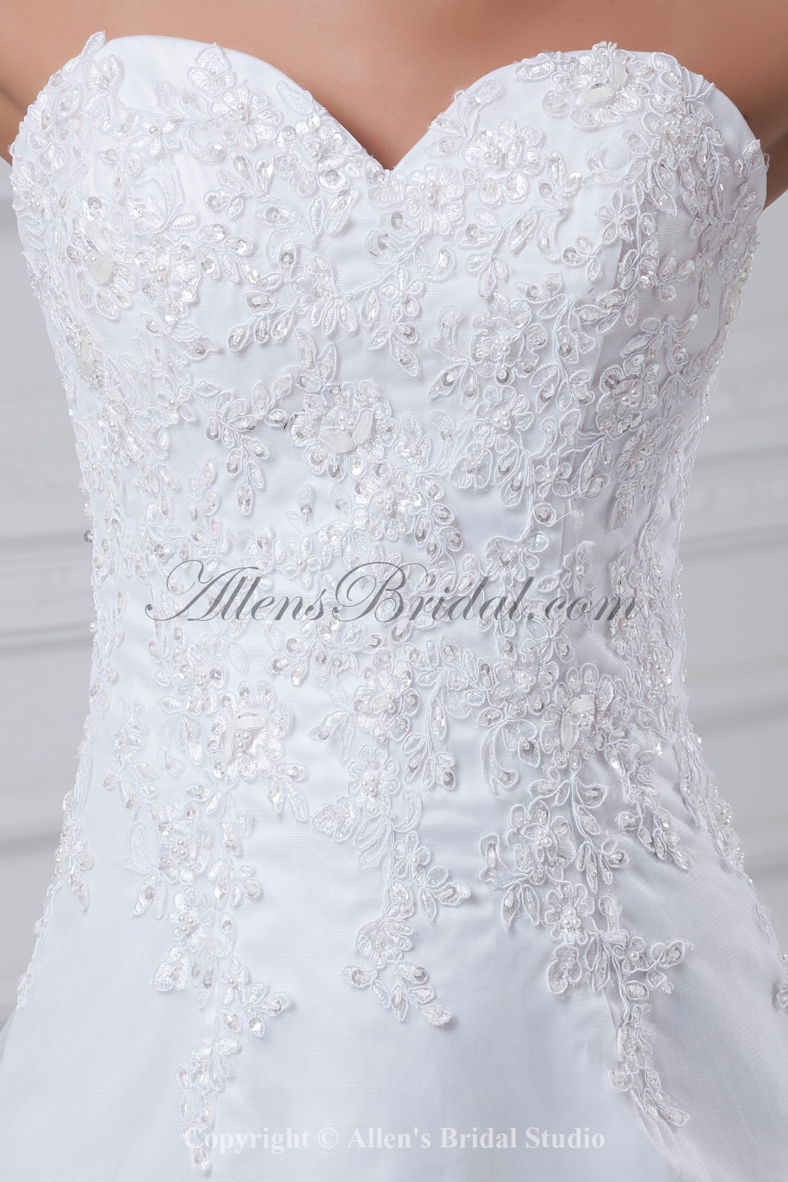 /875-7011/net-sweetheart-neckline-chapel-train-a-line-embroidered-wedding-dress.jpg