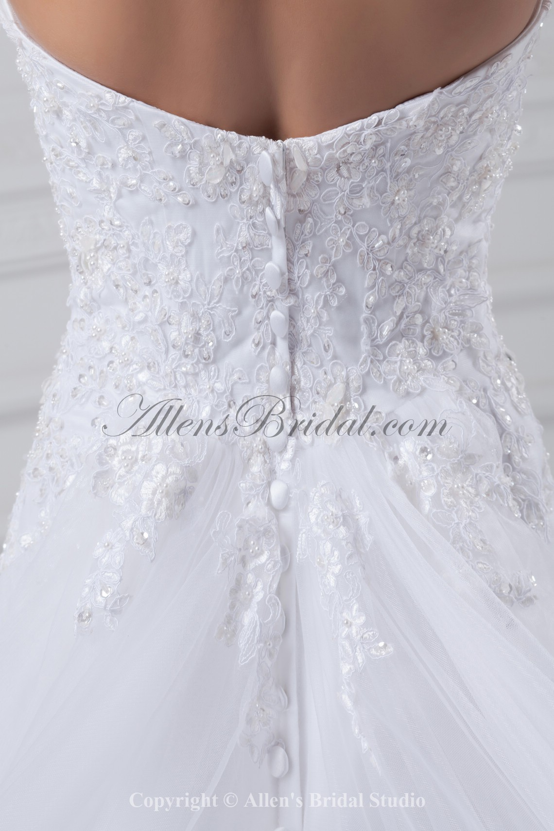 /875-7016/net-sweetheart-neckline-chapel-train-a-line-embroidered-wedding-dress.jpg