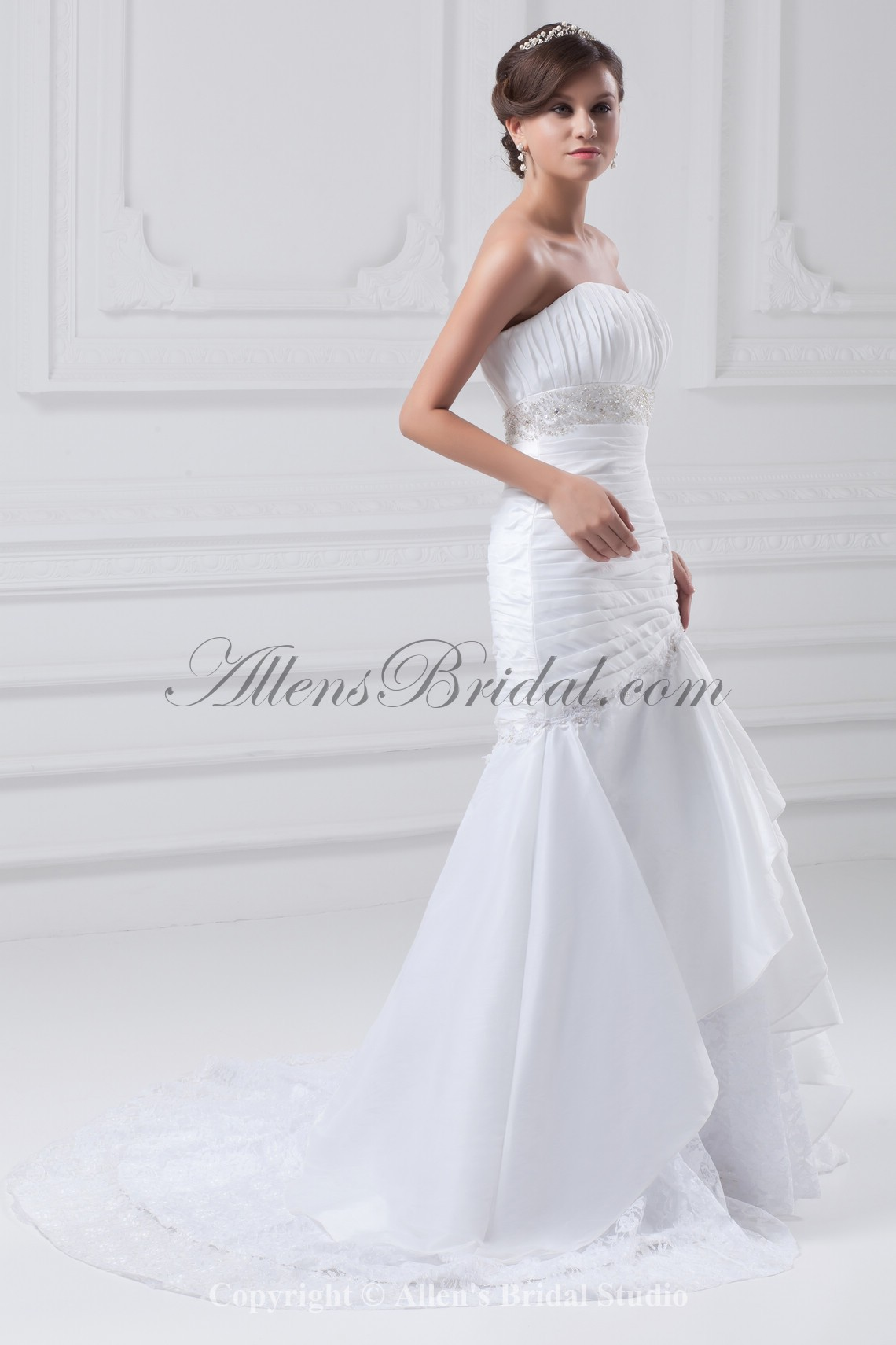 /877-7032/taffeta-sweetheart-neckline-sweep-train-mermaid-embroidered-wedding-dress.jpg