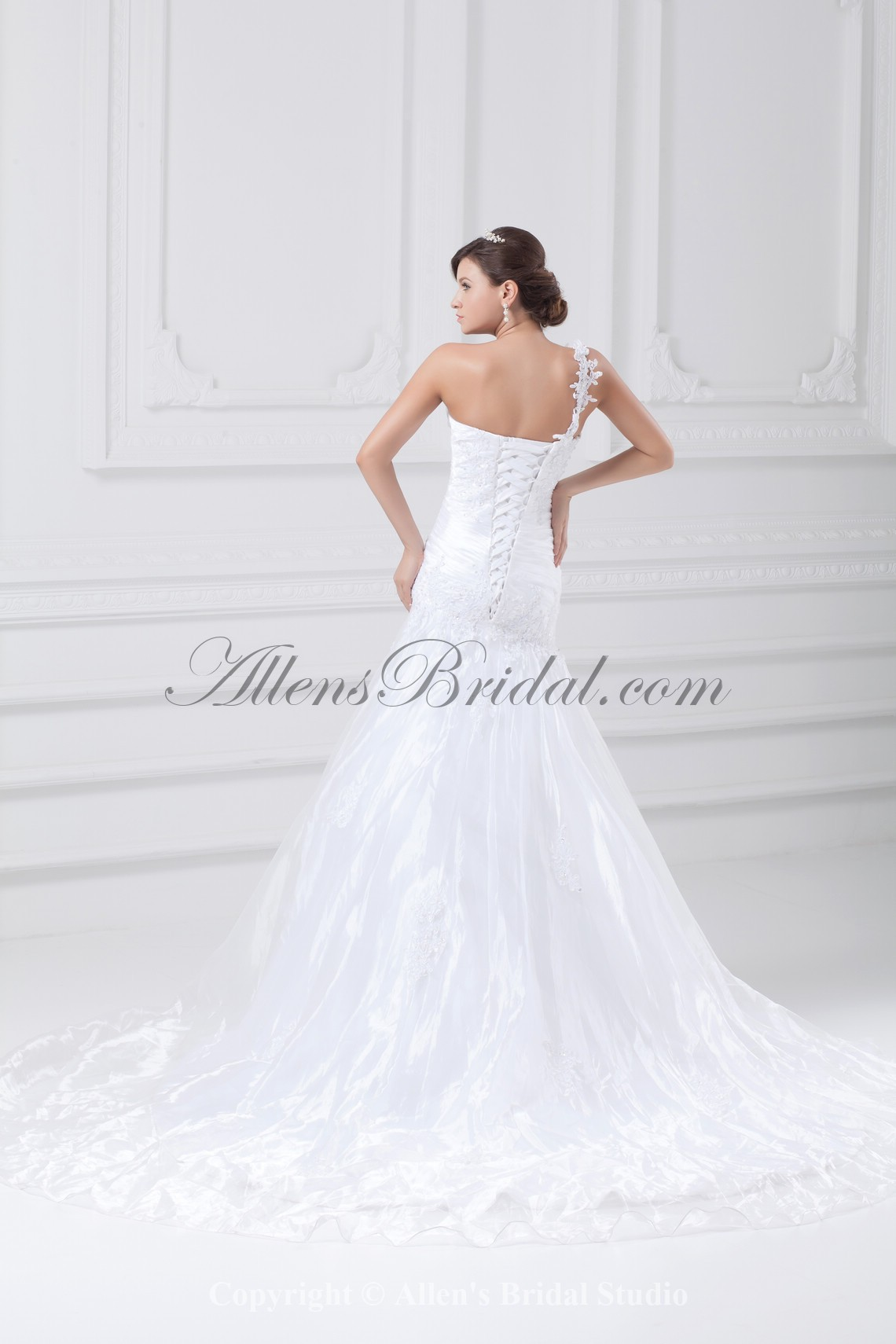 /880-7059/taffeta-one-shoulder-neckline-sweep-train-ball-gown-embroidered-wedding-dress.jpg