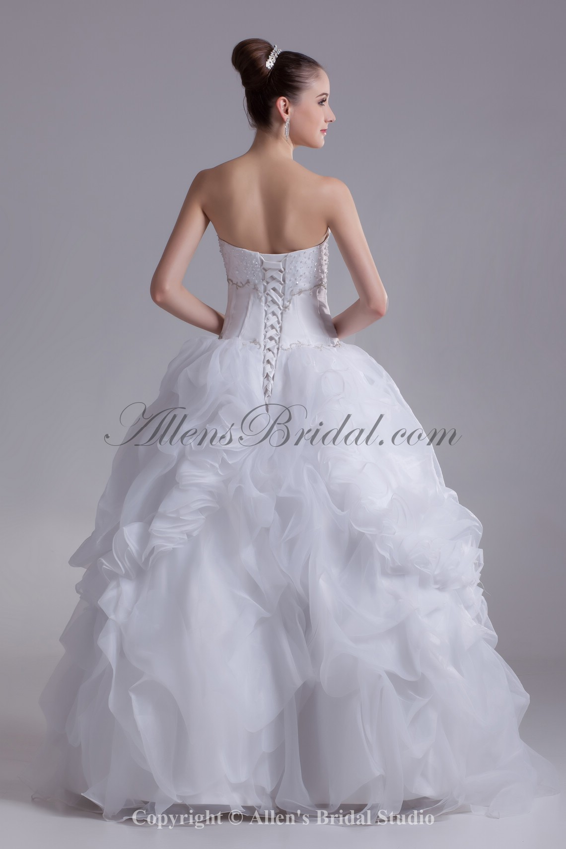 /927-7435/organza-sweetheart-neckline-floor-length-ball-gown-embroidered-wedding-dress.jpg