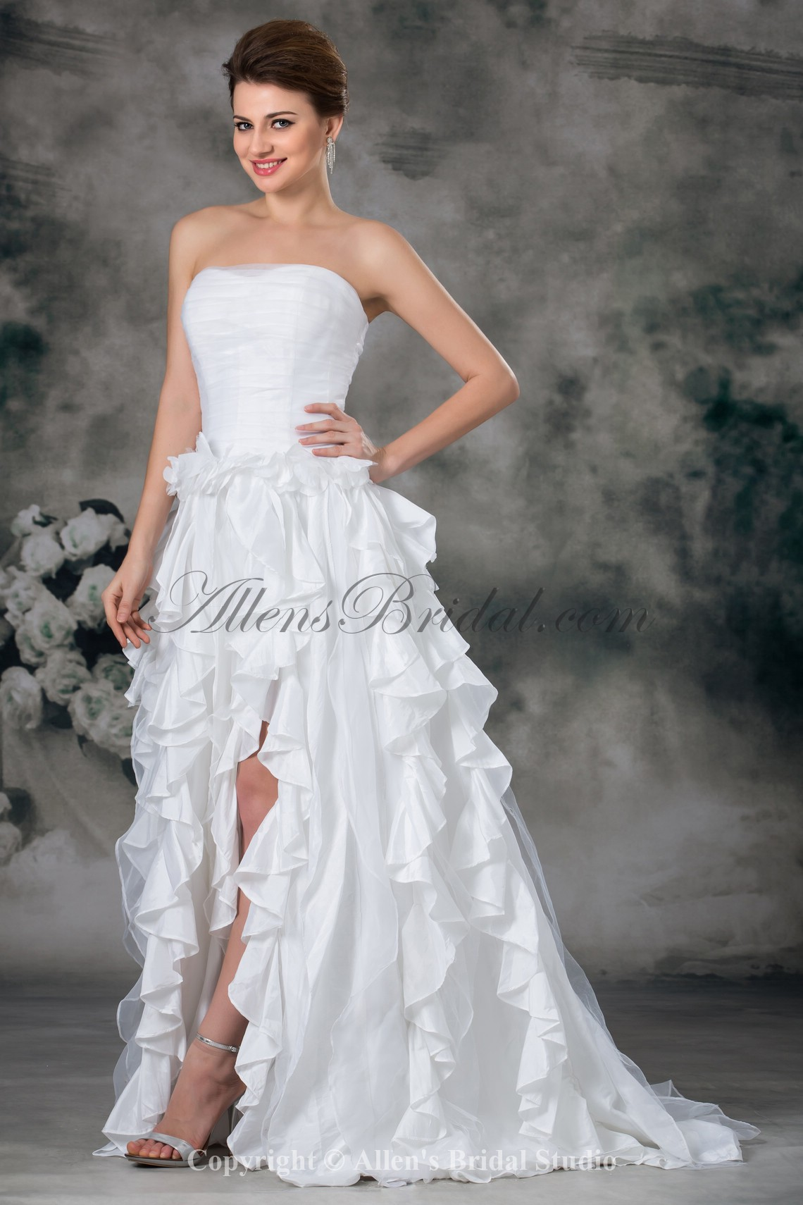 /941-7543/taffeta-sweetheart-neckline-sweep-train-a-line-wedding-dress.jpg