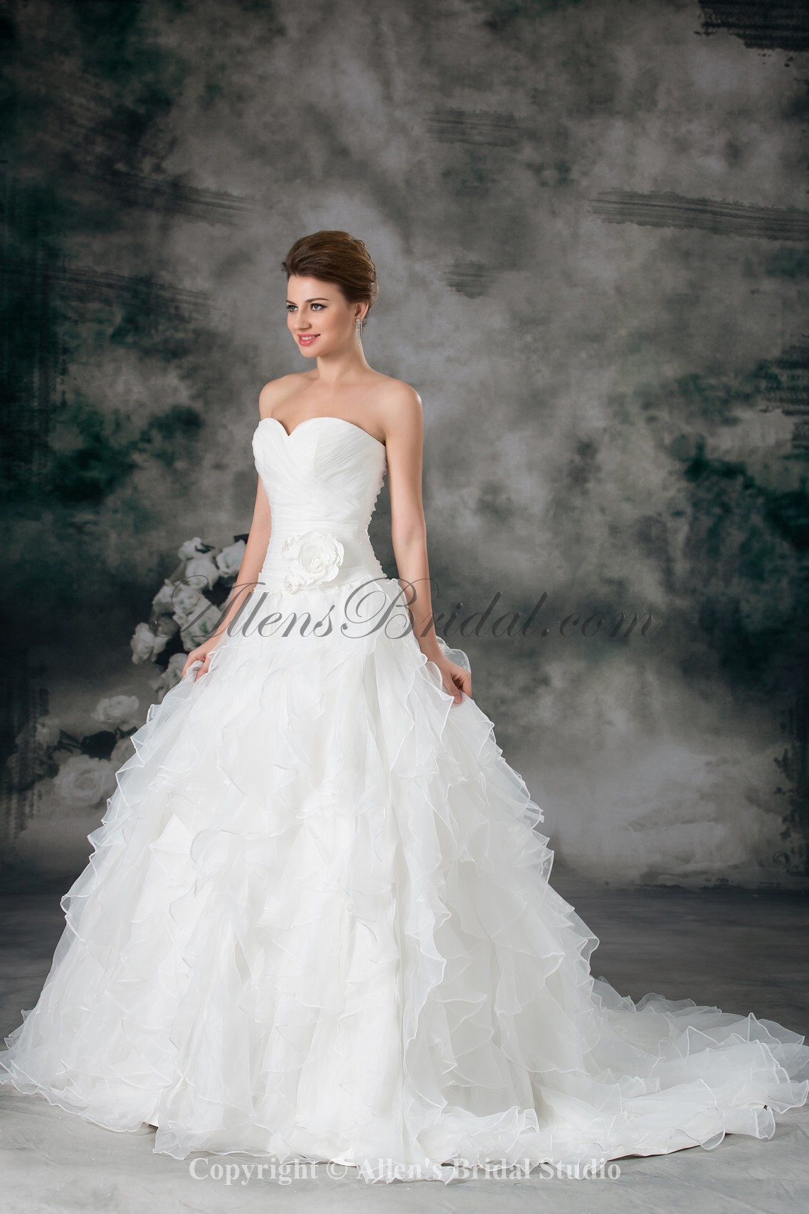 /942-7551/organza-sweetheart-neckline-sweep-train-ball-gown-flower-wedding-dress.jpg