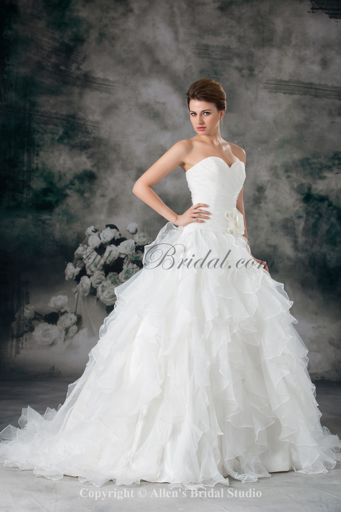 /942-7552/organza-sweetheart-neckline-sweep-train-ball-gown-flower-wedding-dress.jpg