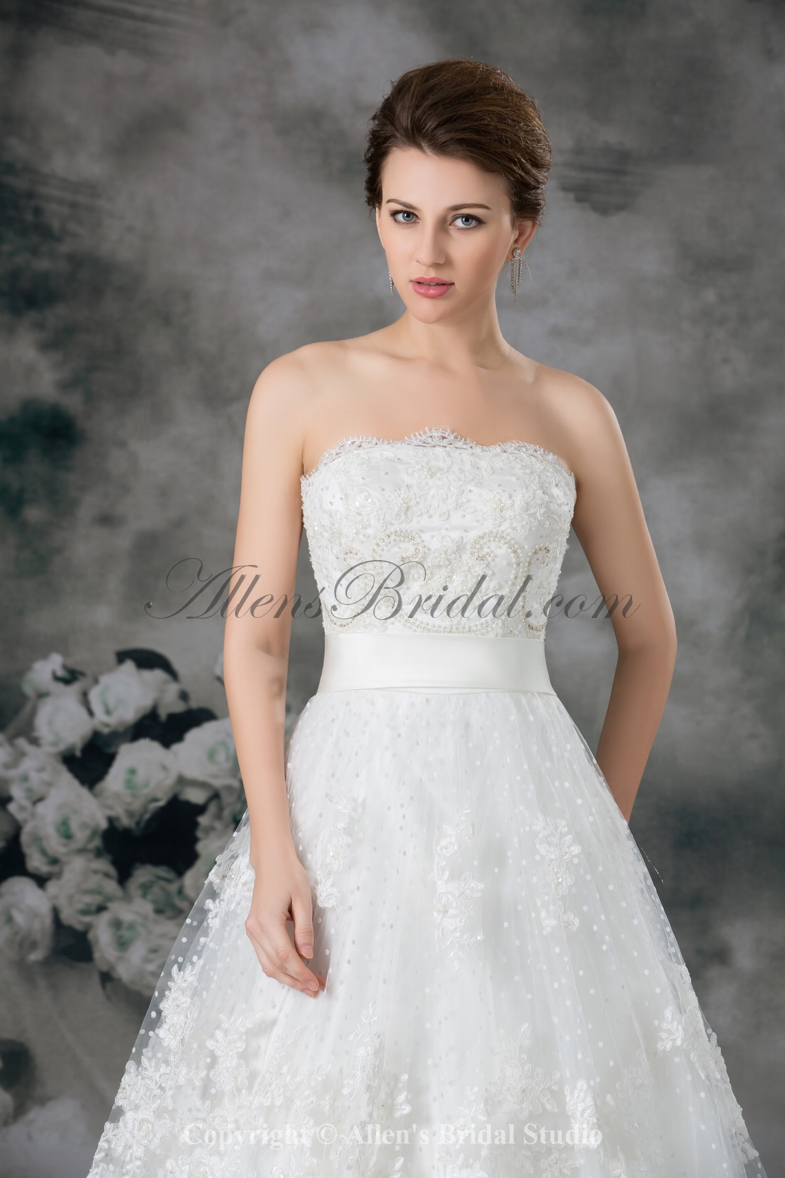/957-7670/lace-strapless-sweep-train-ball-gown-embroidered-wedding-dress.jpg