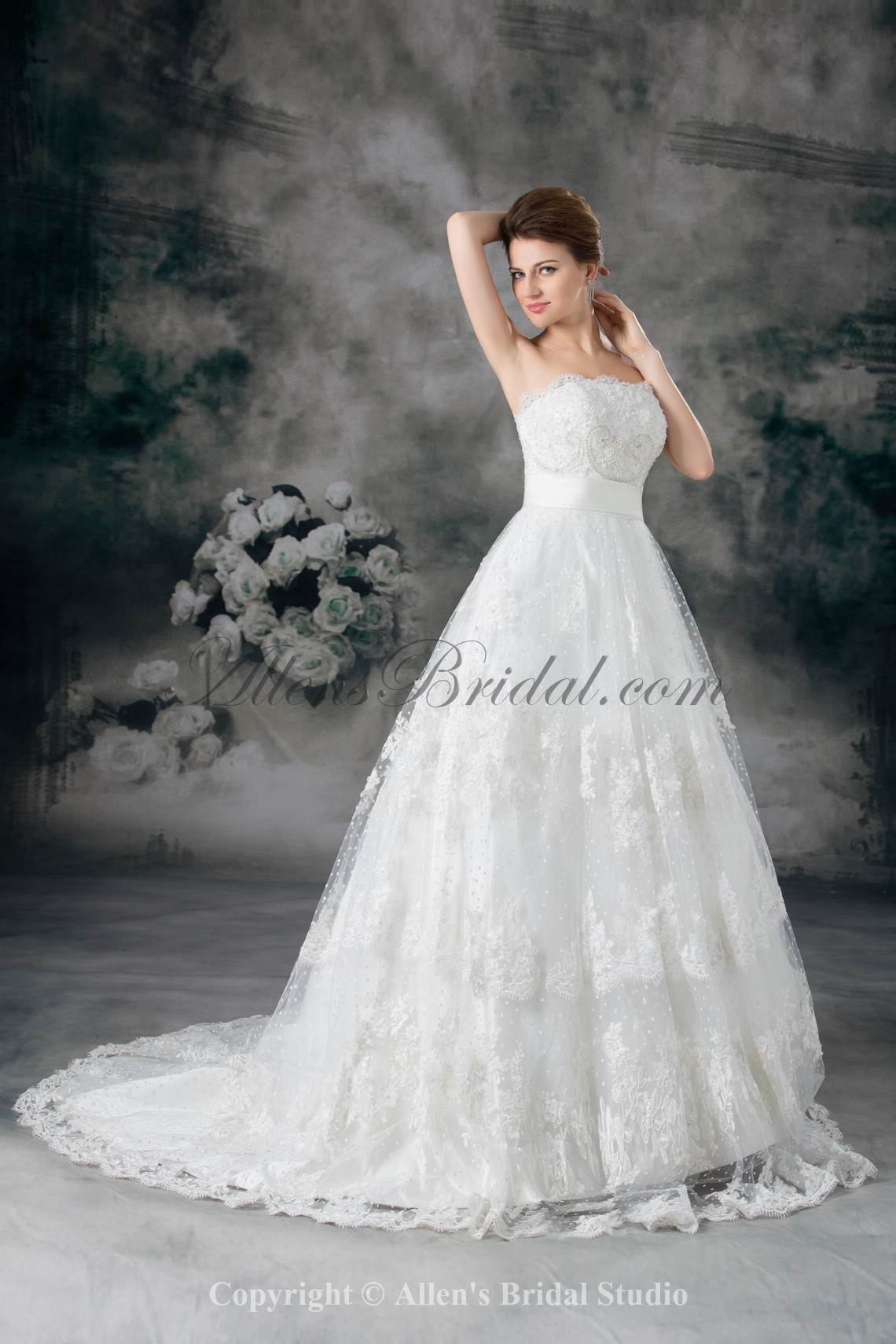 /957-7673/lace-strapless-sweep-train-ball-gown-embroidered-wedding-dress.jpg